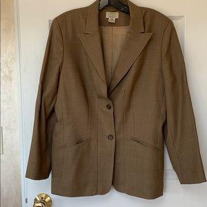 Ladies fitted blazer